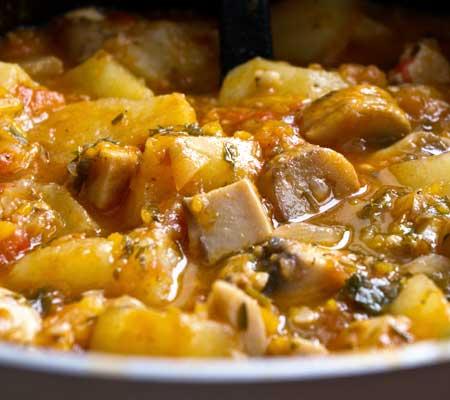 Articole culinare : Mâncare de cartofi cu ciuperci