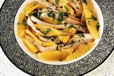 Salata creola de pui cu portocale