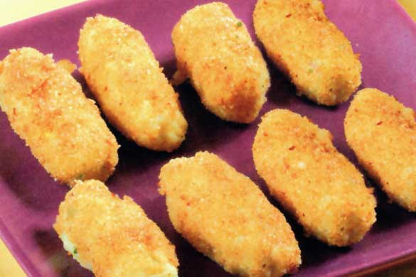 Crochete de cartofi umplute cu brânză