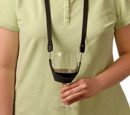 Accesorii pentru vin: Suport pentru pahare de pus la gat